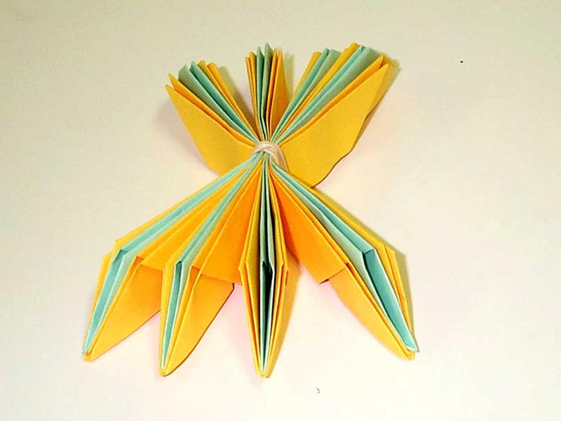 Paper folding instructions lotus flower photos falun dafa clearwisdom when we make lotus flowers and give them to people they accept them with delight here are instructions on how to make them mightylinksfo