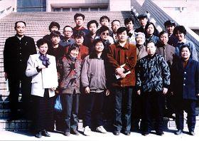 2010-7-9-master-li-hong-zhi-with-students-image--ss.jpg