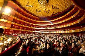 二零一一年一月六日,林肯中心大卫寇克剧院,神韵首演现场