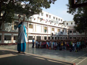 2012-06-01-Varanasi_1.jpg (290574 bytes)