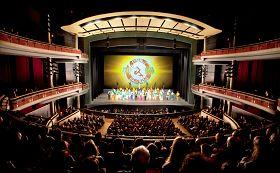 二零一二年一月十九日至二十二日,美国神韵国际艺术团再次莅临加拿大第六大城市密西沙加市,在生活艺术中心上演了五场神韵晚会。