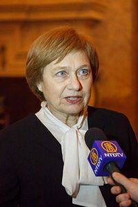 '捷克参议院副主席阿莱娜·巴莱茨科娃'