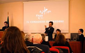 '意大利国会内放映纪录片《自由中国》'