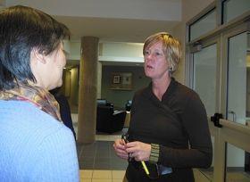 卡内基•梅隆大学招生部主任丽莎•克里格女士敬佩法轮功学员的勇敢