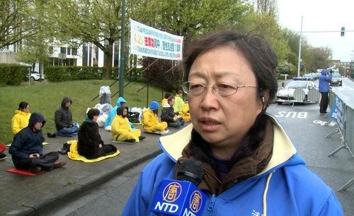 Bi, seorang praktisi Falun Gong mengenang kembali pengalamannya ketika ikut serta dalam permohonan damai di Beijing pada tanggal 25 April 1999