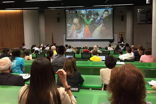 Banyak orang terkejut oleh kebrutalan di Tiongkok.