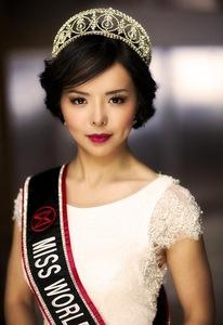 Anastasia Lin memenangkan gelar Miss World Kanada pada 16 Mei tahun ini.