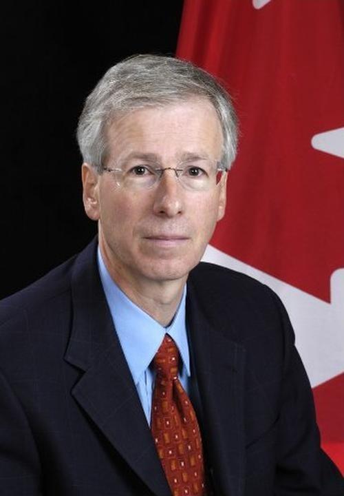 Menteri Luar Negeri Kanada Stéphane Dion mengungkapkan keprihatinan pemerintah terhadap penganiayaan Falun Gong di Tiongkok.