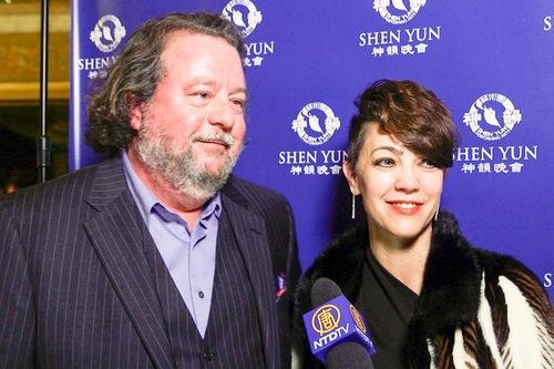 John Gwynne Prosser II, Presiden dari Neuro Trauma Association, dan Sofia Bong, seorang ahli terapi fisik