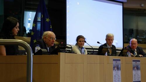 Parlemen Eropa mengadakan dengar pendapat mengenai pengambilan organ paksa