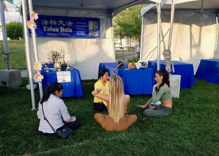 Las Vegas Nv Practitioners Participate In Meditation Festival