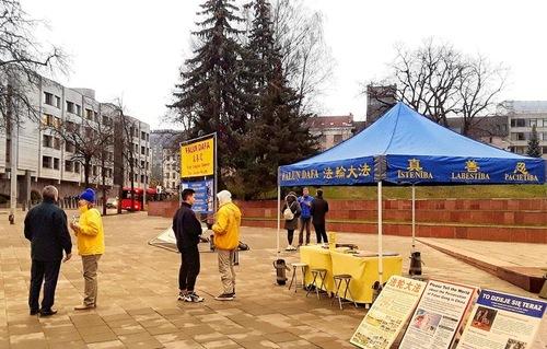http://en.minghui.org/u/article_images/cc87622e027a156239de486df618334f.jpg