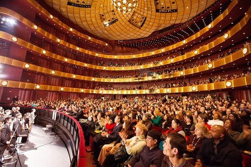 Pertunjukan Shen Yun di David H. Koch Theater di Lincoln Center
