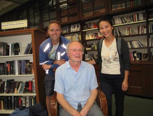 10 лет в библиотеке Уимблдона проходят занятия Фалуньгун